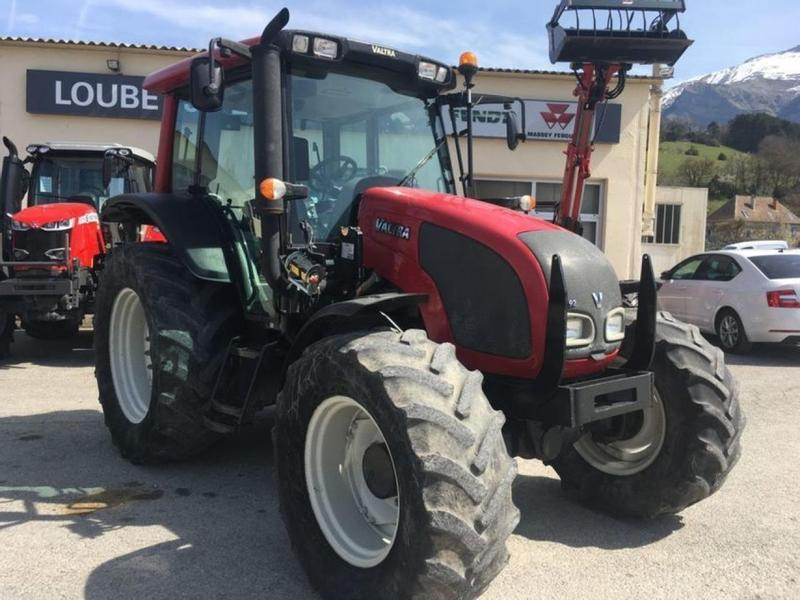 Valtra N92 +AD chargeur