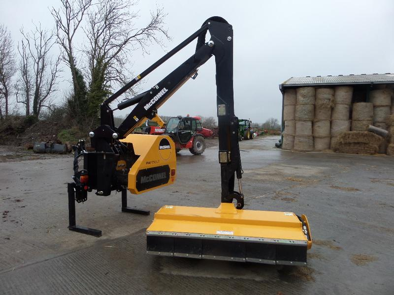 McConnel PA6565T HEDGE CUTTER
